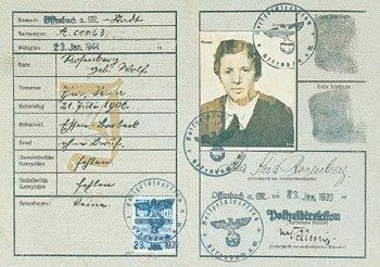 Photographie - Passeport Femme juive