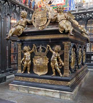 Henry-VII-tomb-east-end-72-Westminster-Abbey-copyright